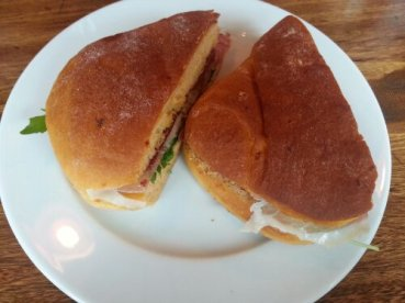 Lunch at Del'Aziz